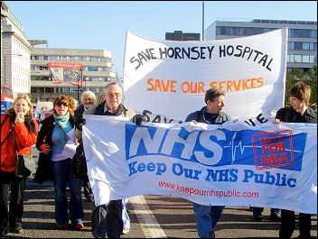 Protesta por venta del NHS