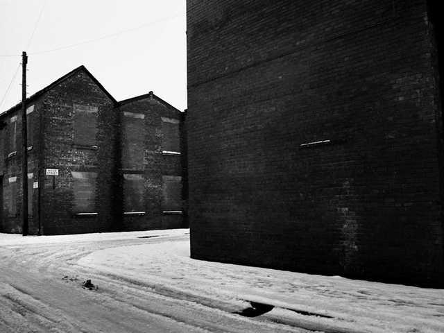 Lugar y Ser: Cámaras fotográficas que unen culturas