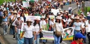 Mujeres colombianas sobreiviventes4