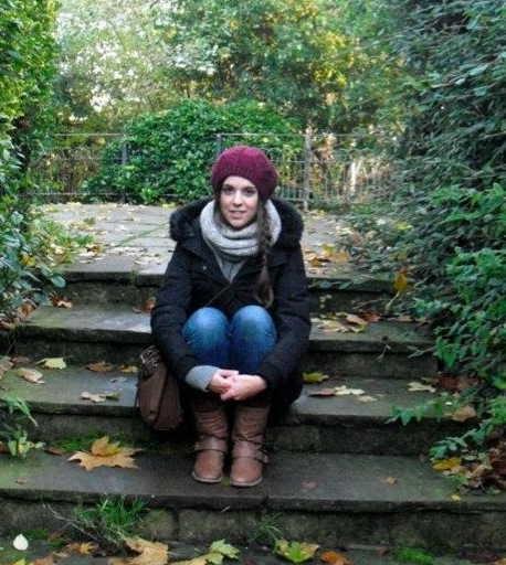 Andrea Valero, exalumna de l'EUTDH, entrevistada a la revista digital anglesa 'Prisma'. Escola Universitària de Turisme i Direcció Hotelera. Universitat Autònoma de Barcelona, Bellaterra. EUTDH UAB